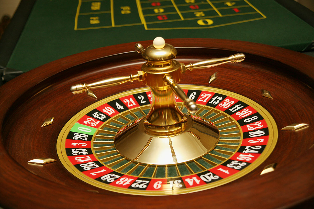 Bitcoins and bandwagons – and the difference between gambling and investing